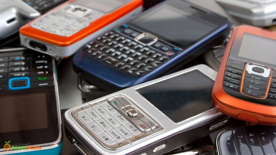 Best Places Locally and Online to Sell Your Old Phones